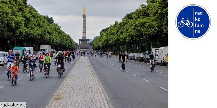 Radfahrer vor Siegessäule
